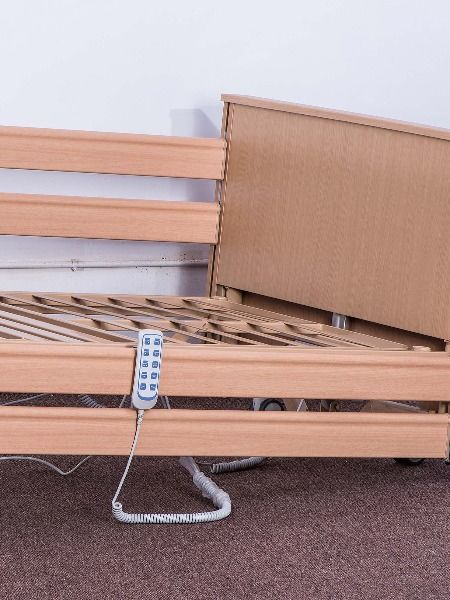 Long Life Movable Electric Hospital Bed For Elderly In Wooden Material