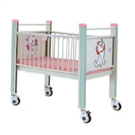 China 160cm Length Hospital Stainless Steel Baby Crib With Central Controlled Casters supplier