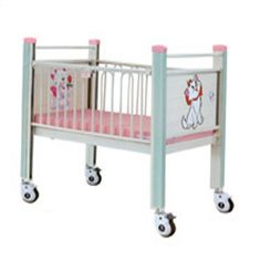 Pink Cartoon Movable Hospital Baby Bed Steel Epoxy For Infant Baby Care