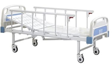 China Single Crank Manual Care Bed , Manual Hospital Bed Hospital Furniture Good Performance factory